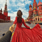 Paint by Numbers Kit Traveling Woman Moscow - Just Paint by Number